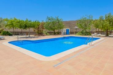 Wundervolles Ferienhaus mit Tennisplatz