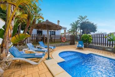 Chalet con encanto y piscina, muy cerca de la playa