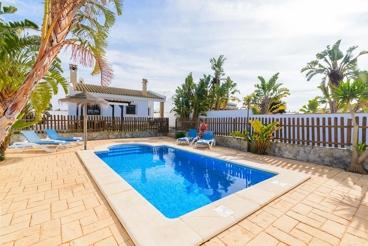 Casa rural muy cerca de la playa, ideal para familias