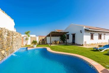 Knus huisje met privé zwembad dichtbij het strand