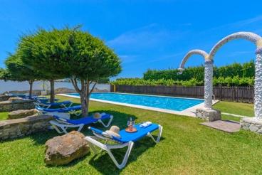 Prachtige villa op minder dan 1-km van de stranden van de Costa de la Luz