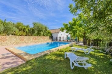 Spacious holiday villa with big outdoor patio