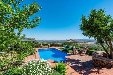 Comfortable villa with spectacular views in El Gastor
