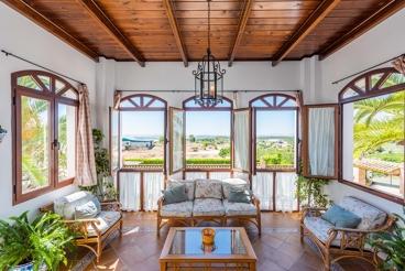 Traumhafte Villa mit fantastischer Außenanlage