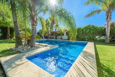 Moderna casa de vacaciones con jardín en la Costa de la Luz