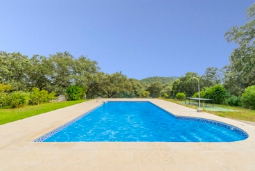 Holiday home for 4 people with barbeque near Portugal