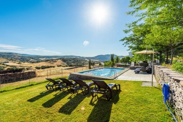 Holiday home with pool in the mountains near Seville