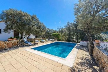 Coqueta casa rural ideal para parejas con vistas al Embalse de Zahara