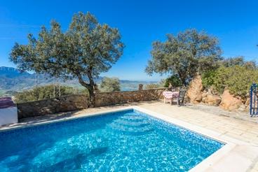 Homey villa for two people in El Gastor