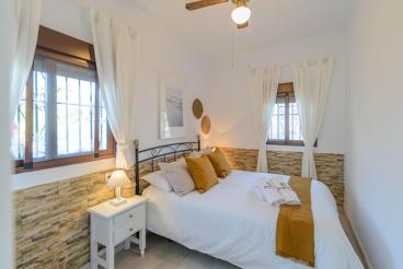 Vakantiehuis met milieuvriendelijke moestuin in Torrox