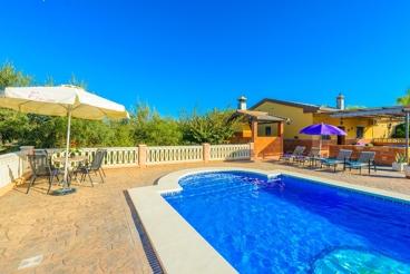 Mooie villa met groot terras