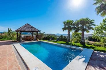 Fantastische villa in natuurrijke omgeving , ideaal voor familie en vrienden