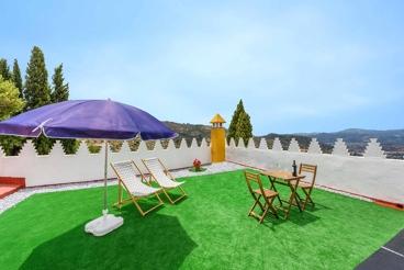 Mooi vakantie-appartement in Alcaucín