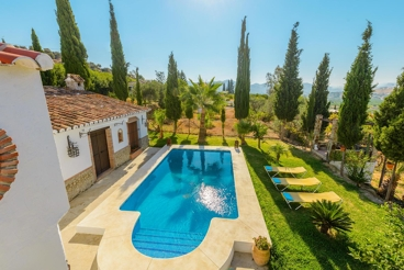 Beautiful villa located on the mountains, close to El Chorro