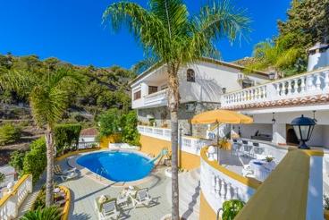 Mooi vakantiehuis dichtbij het strand in Almuñécar