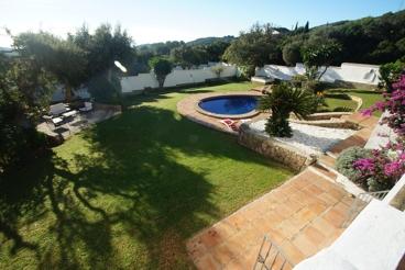 Villa con estupenda terraza y jardín en Tarifa