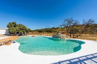 Fantástica casa de vacaciones con amplios espacios exteriores