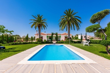 Impresionante casa de vacaciones con amplios espacios interiores