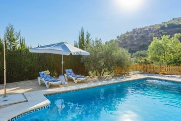 Pretty holiday villa in the middle of nature, with fenced pool