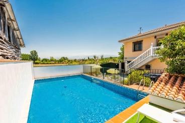 Villa avec piscine clôturée, à 10 km de l'aéroport de Grenade
