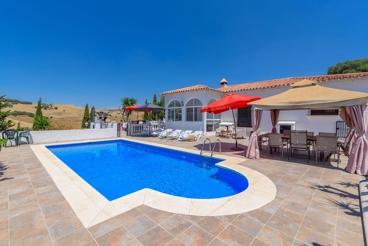 Casa de vacaciones de 4 dormitorios a 20 km del Torcal de Antequera