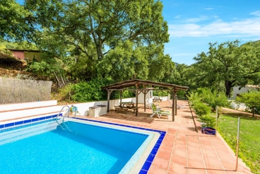 6-people holiday villa with Wi-Fi and air-con in Malaga province
