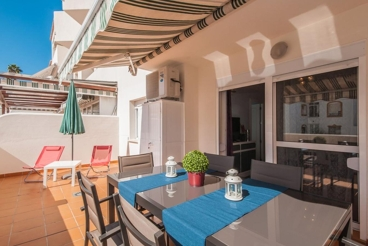 1-bedroom holiday apartment near the beach in Malaga province