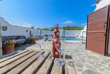 Casa de vacaciones con barbacoa y bañera hidromasaje en Vejer de la Frontera