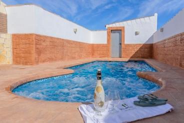 Coqueta casa de vacaciones para 8 personas con aire acondicionado