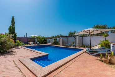 Casa rural para 4 personas con bonita zona de chill-out en el este de Andalucía