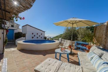 Vakantiehuis met 3 slaapkamers en WiFi in de stad Moclinejo