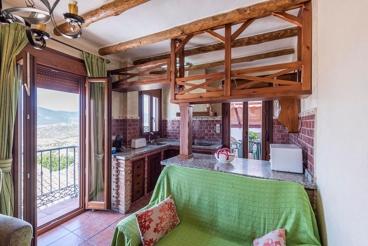 Cosy holiday apartment for five people in Zahara de la Sierra