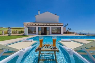 Superbe villa avec jacuzzi et sauna près de Antequera