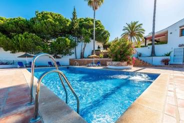 Villa de lujo completamente climatizada cerca de las playas de Maro
