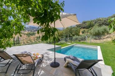 Lovely holiday villa near the White Towns of Cadiz