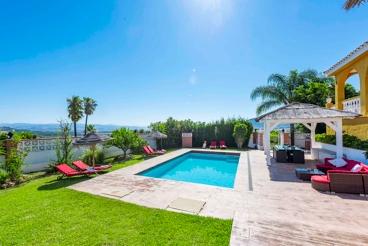 Villa con vista panorámica hacia la bahía de Málaga, en la Costa del Sol