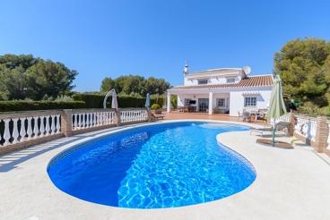 Casa de vacaciones con espectacular terraza panóramica cerca de Frigiliana