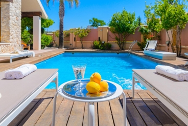 Fabulous villa all comfort with luxury features, 15 km from Granada