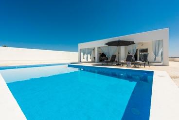 Modern vakantiehuis met alle comfort op een omheind perceel