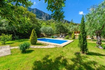 Coqueta casa con magnífico jardín. Privacidad garantizada