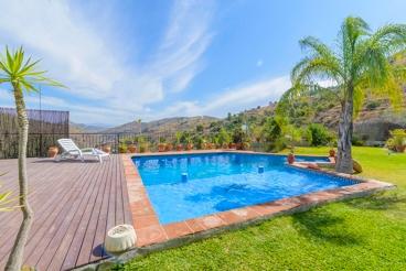Maison de vacances tout confort idéale pour une escapade romantique dans la Sierra des Nieves