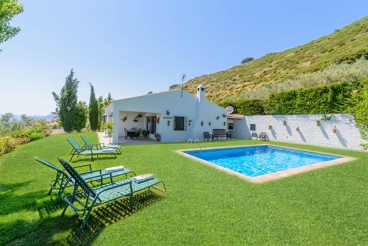 Quiet villa, ideal for nature lovers with amazing views