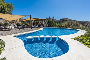 Coqueta casa de vacaciones con magníficos exteriores