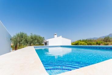 Casa Rural cerca de la playa con Wifi y piscina en Alhaurín el Grande para 6 personas