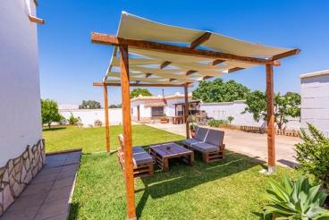 Casa Rural con jardín en Chiclana de la Frontera