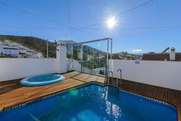 Apartamento con piscina y Wifi en Ardales para 2 personas