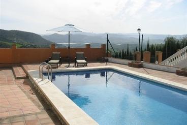 Casa Rural con barbacoa y Wifi en Alcaucín