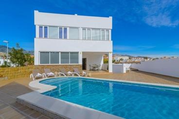 Modern holiday villa private pool near the beach in Benalmádena