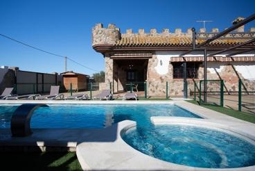 Casa Rural con piscina y jacuzzi en Chiclana de la Frontera