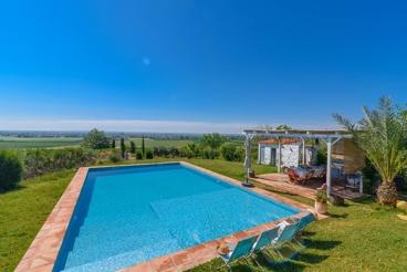 Ferienhaus mit Garten und Swimming Pool in Villaverde del Río